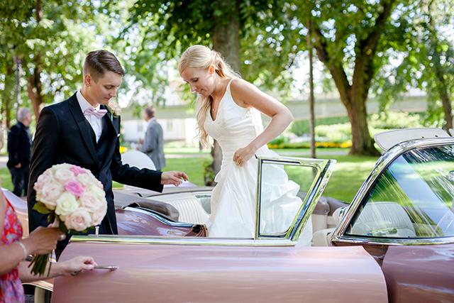 Ett bröllop och en rosa Cadillac